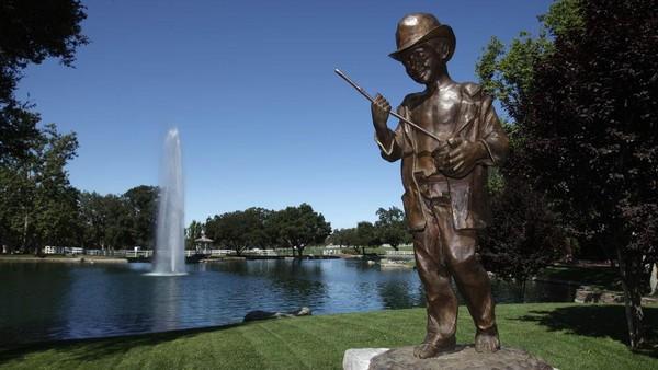 Neverland Ranch, properti milik penyanyi legendaris Michael Jackson di Santa Barbara, California, AS memiliki luas sekitar 2.700 hektar. (Mark J. Terrill, file/AP)