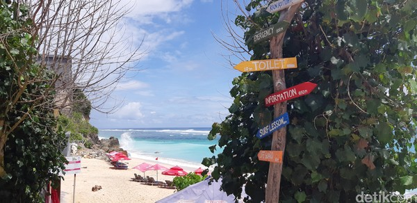 Pantai Pandawa berada di Kabupaten Badung, Bali. (Bonauli/detikcom)