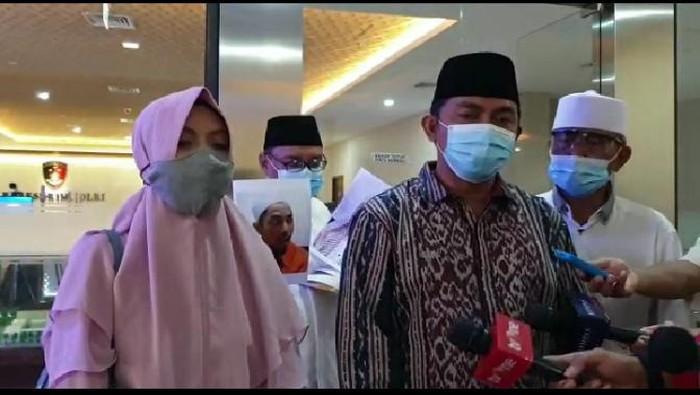 Sambangi Bareskrim, Istri Ajukan Penangguhan Penahanan Ustadz Maaher