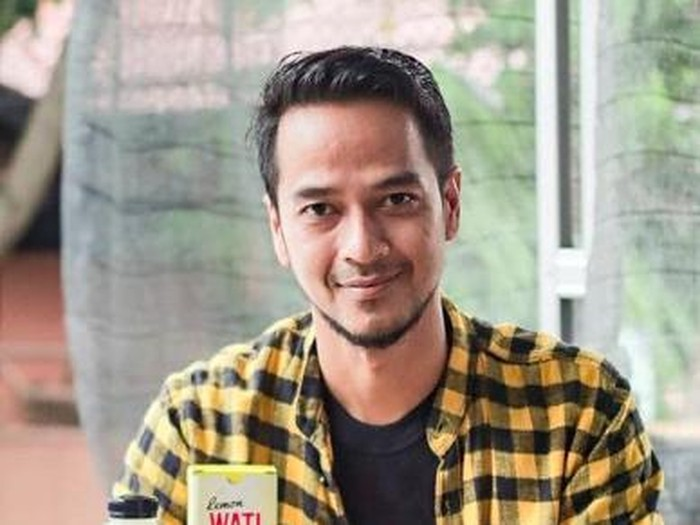 Adhietya Mukti dibela netizen
