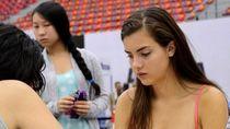 7 Potret Cantik Alexandra Botez, Queens Gambit di Dunia Nyata