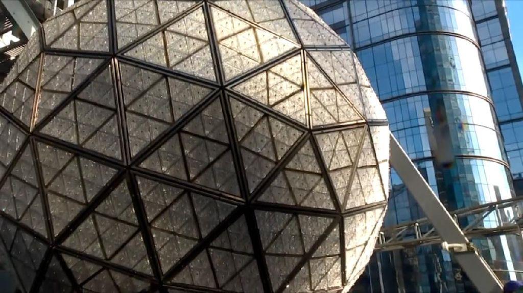 Bola Kristal Besar Akan Meriahkan Tahun Baru di Times Square