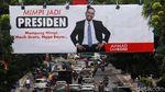 Crazy Rich Tanjung Priok Mimpi Jadi Presiden Mejeng di Bandung