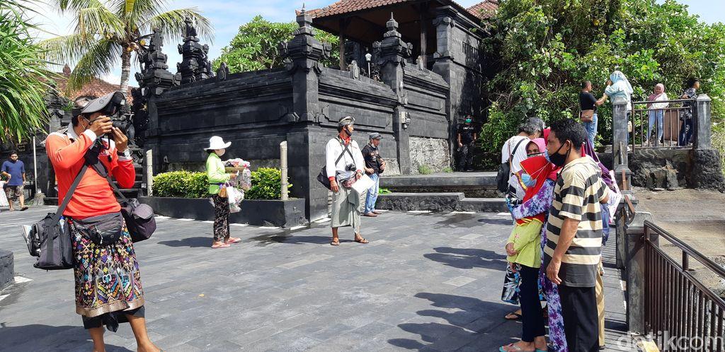Fotografer Pura Tanah Lot