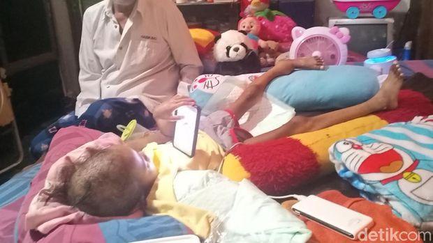 Bocah 5 Tahun Kena Kanker Tulang, Dokter Angkat Tangan ...