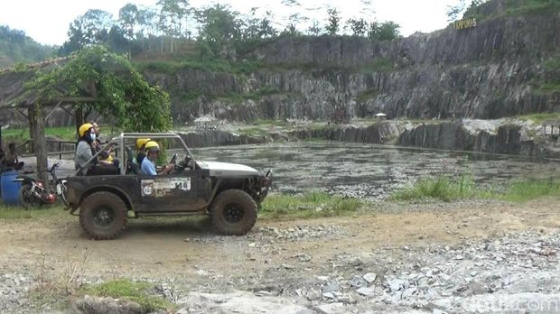 Offroad di Tampomas, Banjarnegara, Jateng