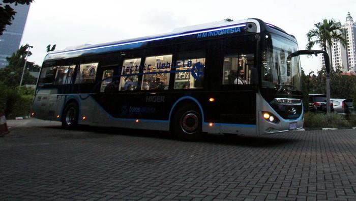 Bus listrik Higer hadir di Indonesia dan siap mendukung TransJakarta dalam pengadaan kendaraan umum ramah lingkungan.