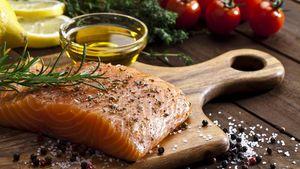 Begini Cara Memilih Salmon untuk Sajian BBQ