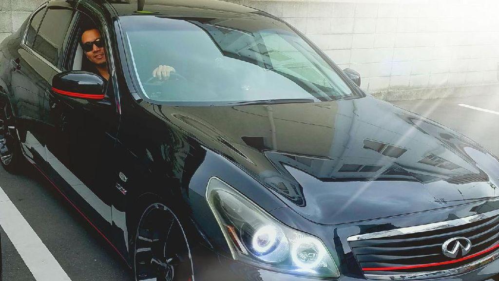 Intip Selera Mobil Mewah Michael Yukinobu Defretes