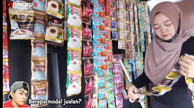 Gaji Kecil, Mantan Guru Cantik Ini Pilih Jualan Kopi