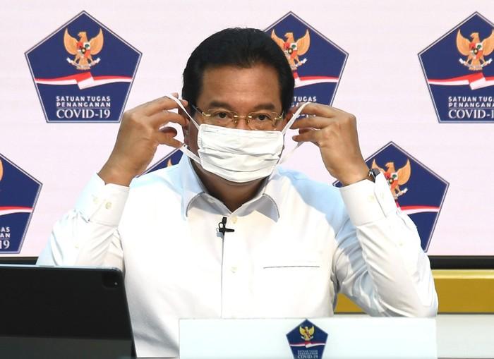 Jubir Satgas Covid Wiku Adisasmito memberikan keterangan penanganan covid-19, Selasa (29/12) / FOTO: Rusman - Biro Setpres