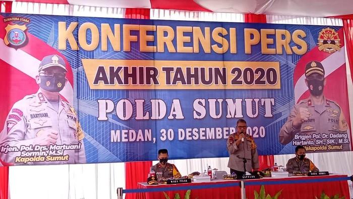 Konferensi pers akhir tahun Polda Sumut (Ahmad Arfah-detikcom)