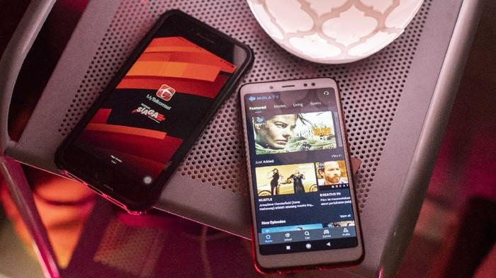 Telkomsel mengumumkan kolaborasi dengan Mola TV, yang mana pelanggan Telkomsel dapat menikmati konten exclusive live dengan harga paket mulai Rp 79.000.