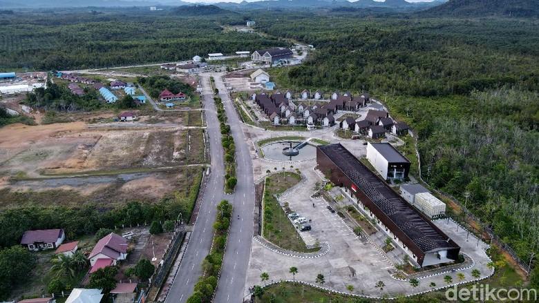 Dalam keadaan normal sebelum pandemi, Pasar Wisata Badau selalu menjadi destinasi wisata bagi pelancongan lokal ataupun negara tetangga, Malaysia.