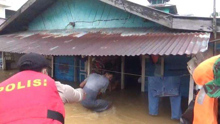 Jambi banjir usai diguyur hujan deras (dok Istimewa)
