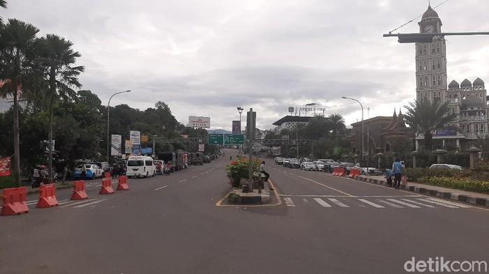 Jelang tahun baru, arus lalin di kawasan Puncak Bogor masih sepi