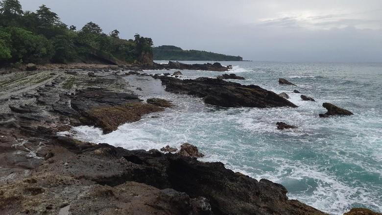 Pantai Sawarna Lebak, Banten.