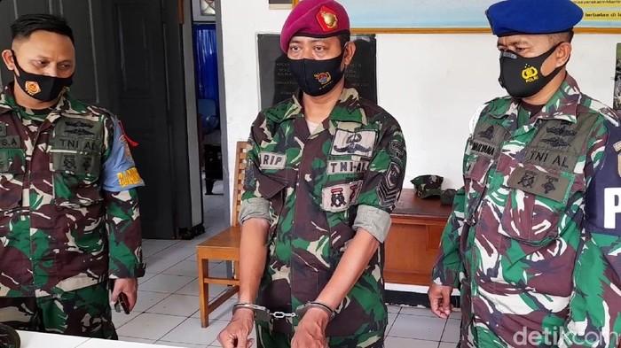 Marinir Gadungan di Sukabumi