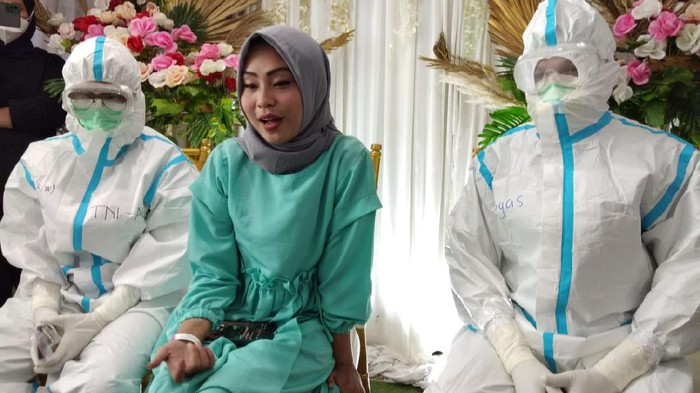 Pasien COVID-19 Langsungkan Akad Nikah Virtual di Wisma Atlet Kemayoran