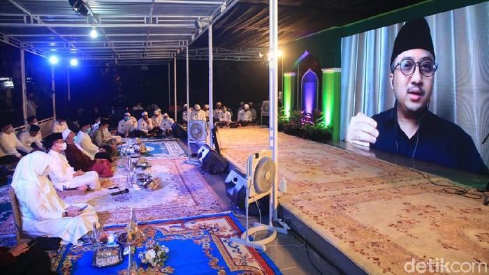 Pemkab Banyuwangi Doa Bersama Ustaz Yusuf Mansur di Malam Tahun Baru