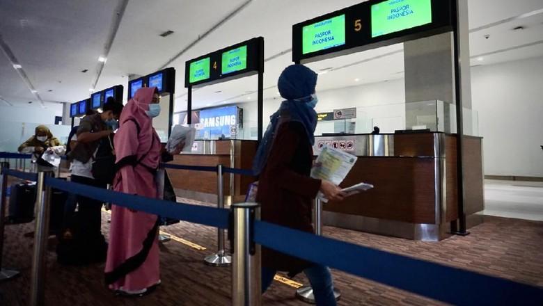 Peraturan Penutupan WNA ke Indonesia Berlaku Hari Ini, Pelaksanaan di Bandara Soekarno-Hatta Lancar