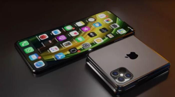 Rekaan wujud iPhone Flip