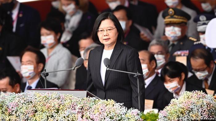 Disampaikan melalui pidato tahun baru, Presiden Taiwan Tsai Ing-wen membuka kesempatan untuk berdialog dengan Cina agar tercipta kedamaian di kawasan