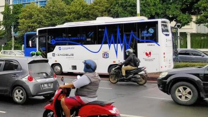 Bus Listrik INKA Diuji Coba di Jakarta