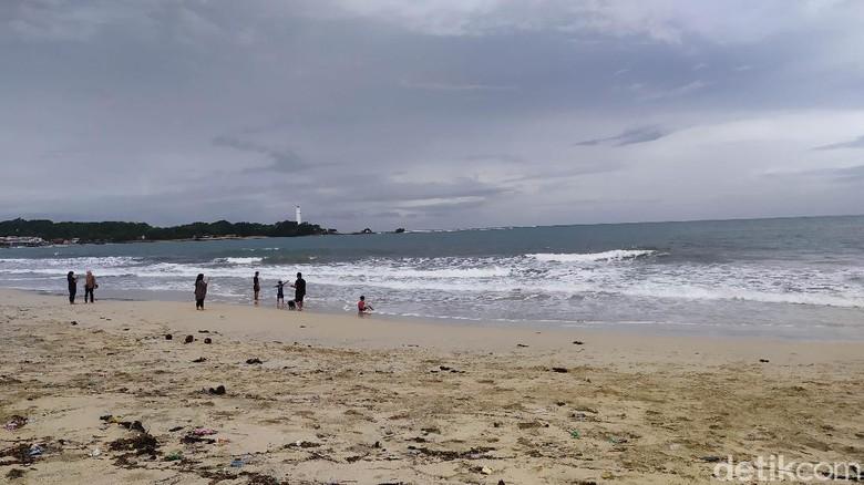 Pantai Santolo Garut sepi