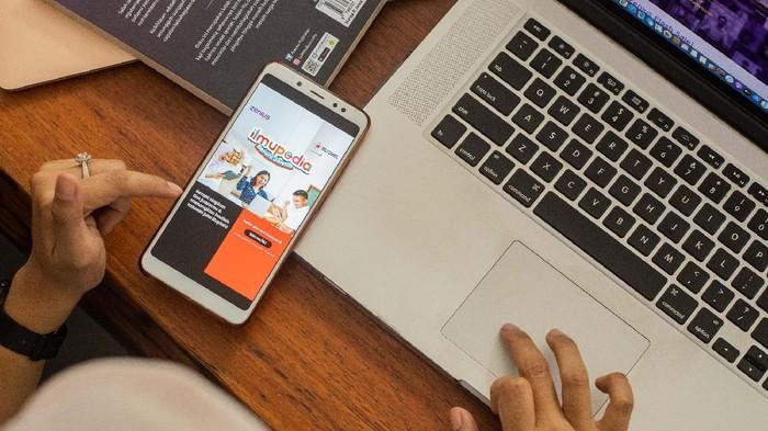 Telkomsel dan Zenius kembali berkolaborasi di dunia pendidikan dengan mengadakan kompetisi