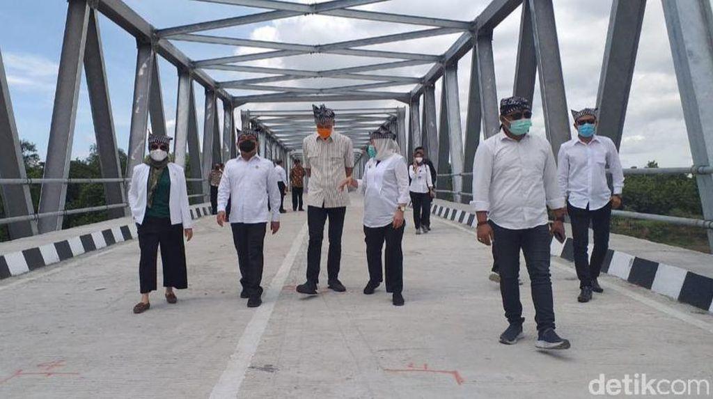 Jembatan Terusan Bojonegoro-Blora Diresmikan 3 Menteri