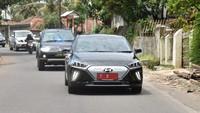 Komitmen Pemerintah Gunakan Ribuan Mobil Listrik