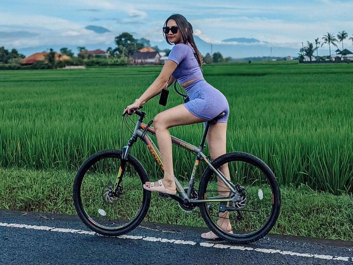 Anya Geraldine Liburan di Bali