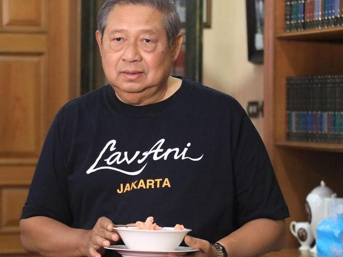 Awal Tahun, SBY Pilih Masak Kupat Tahu Khas Pacitan
