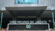 Sekwan DPRD DKI Sebut Agenda Bamus Interpelasi Anies Tak Disisipkan
