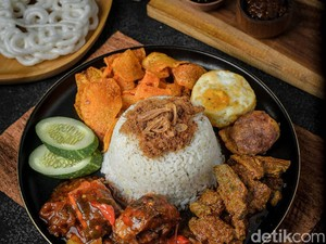 Nengcook : Puas Makan Nasi Bungkus Kekinian dengan Belasan Lauk