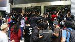 Penampilan Nobu Saat Diperiksa Soal Video Syur di Polda Metro