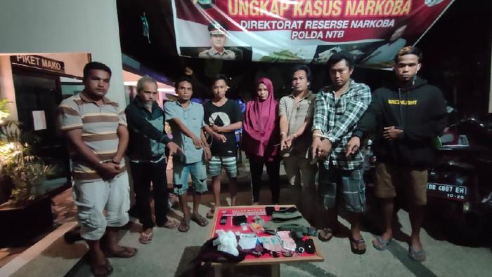 Polda NTB Gerebek Rumah Bandar Sabu, 8 Orang Ditangkap Termasuk Istri Bandar