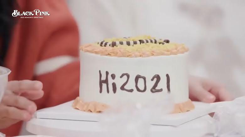 BLACKPINK Seru-seruan Hias Kue Sekaligus Ungkap Harapan di 2021