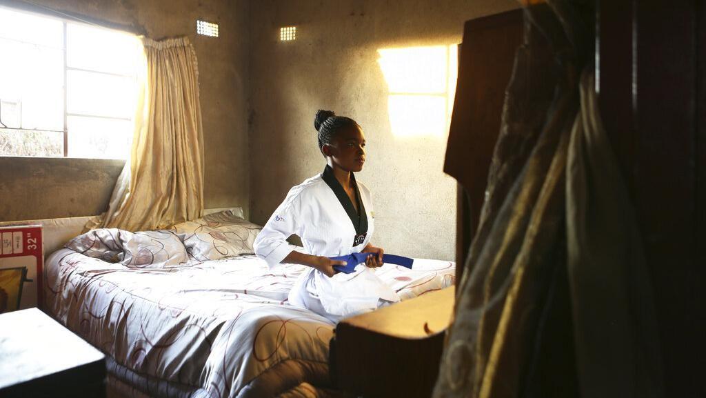 Potret Gadis Zimbabwe Bertahan Hidup Dengan Taekwondo