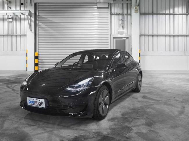 Viral Autopilot Tesla 'Nyerah' saat Macet di Vietnam, Bagaimana di Jakarta?