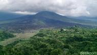 Bule Rusia Mesum di Gunung Batur Bali, Miha Nika Diduga Bukan Nama Asli