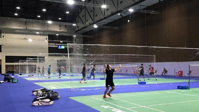 Tim Bulutangkis Indonesia berlatih di Bangkok, Thailand.