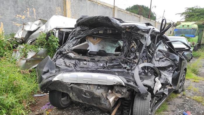 Penampakan mobil Chacha Sherly di Polres Semarang, Rabu (6/1/2021).