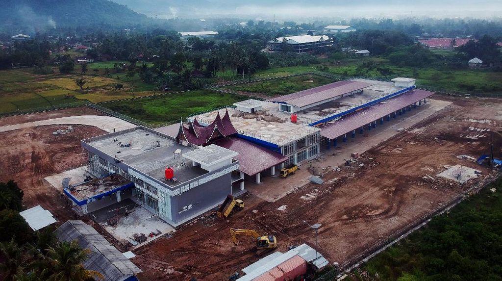 Melihat Progres Pembangunan Terminal Anak Air Padang
