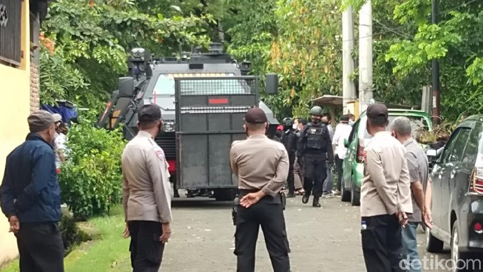 TKP Penangkapan teroris di Makassar (Hermawan-detikcom).