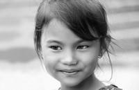 Senyum khas anak-anak Nepal. Manis kan? (Massimo Bietti/Instagram)