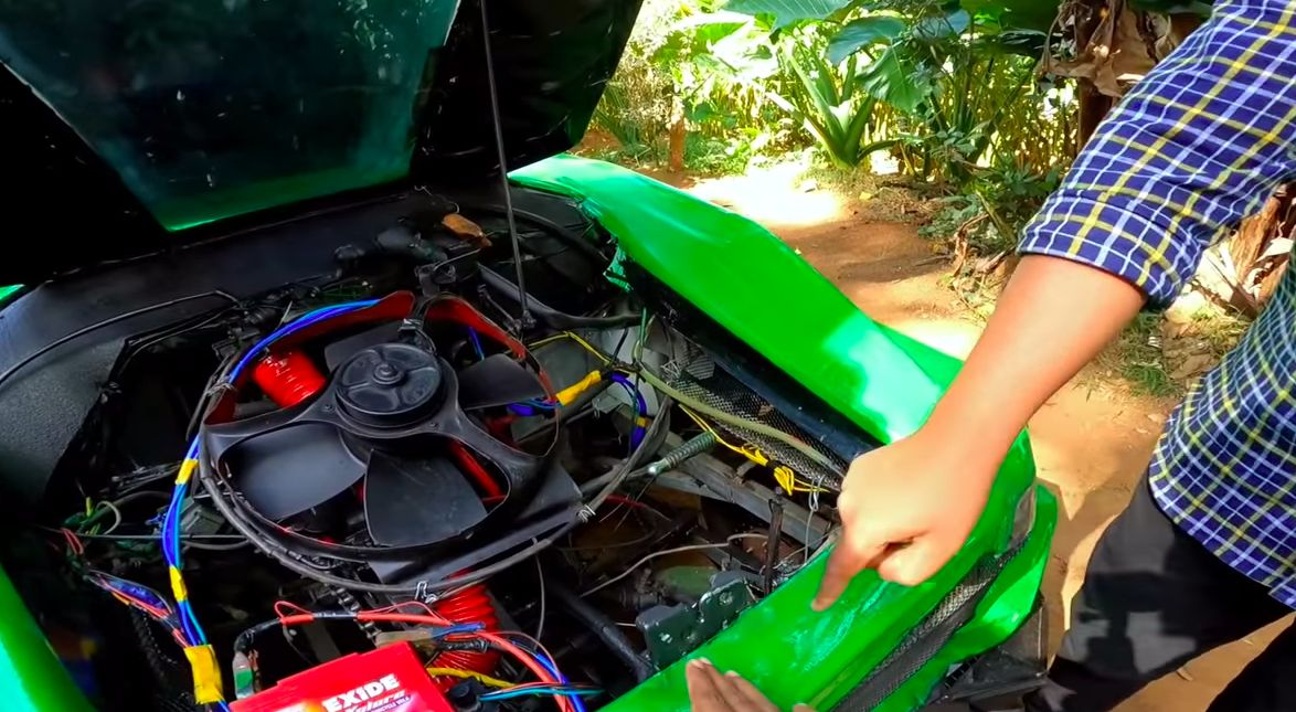 Replika Lamborghini dari Barang Rongsokan