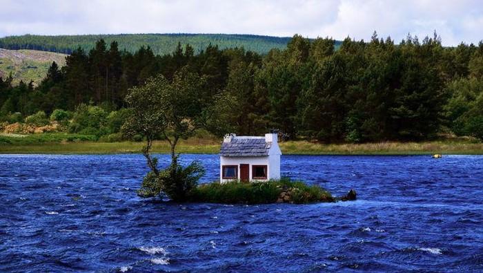 Rumah berukuran kecil bukan berarti tak menarik. Berikut deretan rumah berdesain mungil dari berbagai negara yang dapat jadi referensi untuk bangun rumah impian