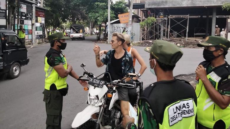 WNA di Bali tak patuh protokol kesehatan tak pakai masker.